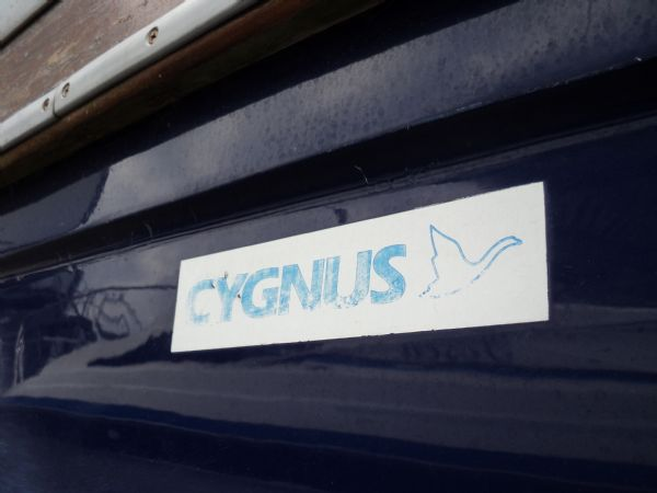 cygnus marine 21 fishing boat 08_l
