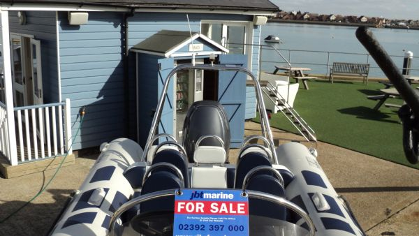 stock - 1347 - ribeye 600 rib with yamaha f115aet - console looking aft_l