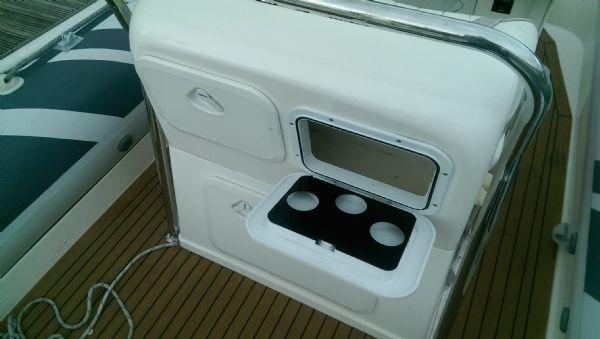 cobra 7.5 rib with suzuki 250 - helm seat cup holders_l