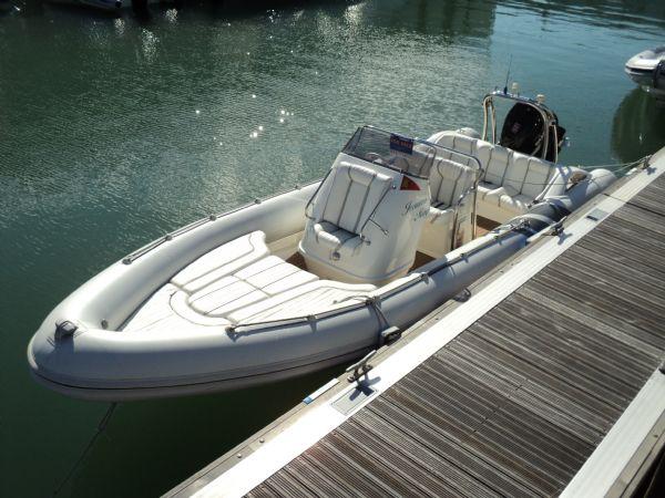 cobra-7.5-rib-with-suzuki-250-port-bow-on-sunny-day-l - thumbnail.jpg