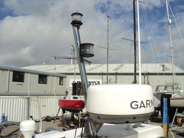 cabin rib mast and radar_l