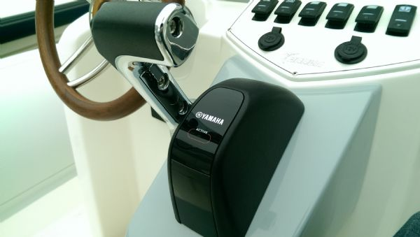 marlin 23 rib with yamaha f300 - fly by wire controls_l