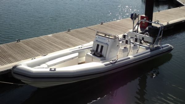 ballistic-7.8-with-yamaha-300-on-water-in-the-sun-2-l - thumbnail.jpg