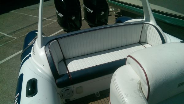 scorpion 8.5m rib with twin mercury 225 (11)_l