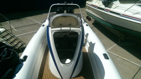scorpion 8.5m rib with twin mercury 225 (14)_l
