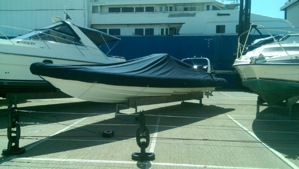 scorpion 8.5m rib with twin mercury 225 (17)_l