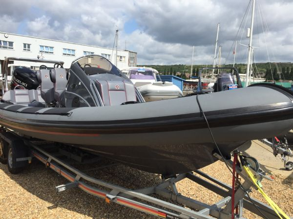 ribquest 7.3 rib with suzuki df250 and trailer - bow_l