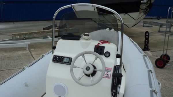 stock - 1291 - bombard 480 rib with mariner 40 two stroke - helm_l