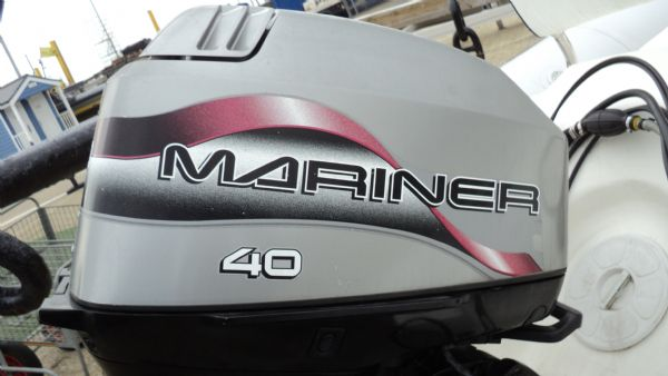 stock - 1291 - bombard 480 rib with mariner 40 two stroke - mariner engine cowling_l