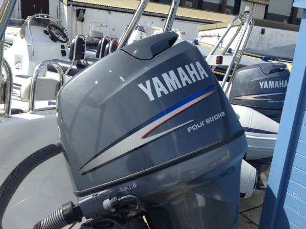 ribeye 5.5m rib with yamaha 100hp engine_l
