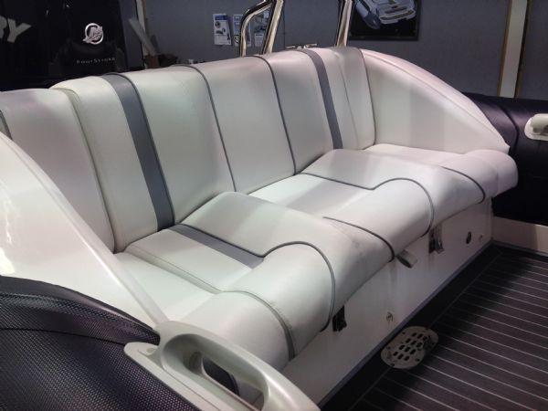 hydromax 7.5 merc 200 bench seat_l