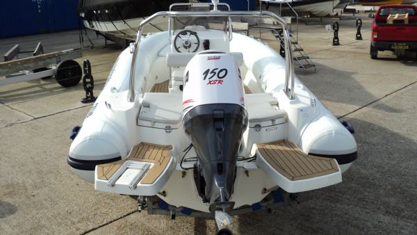 stock - 1286 - selva d630 emotion rib with selva 150 xsr engine - from rear_l