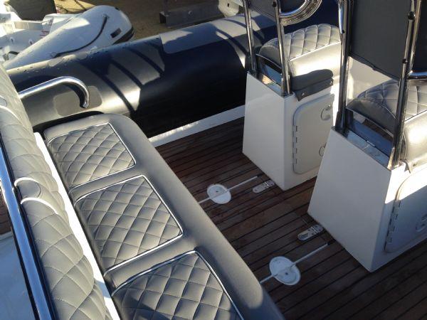 rib x 760 rib with suzuki df 200 - rear seating_l