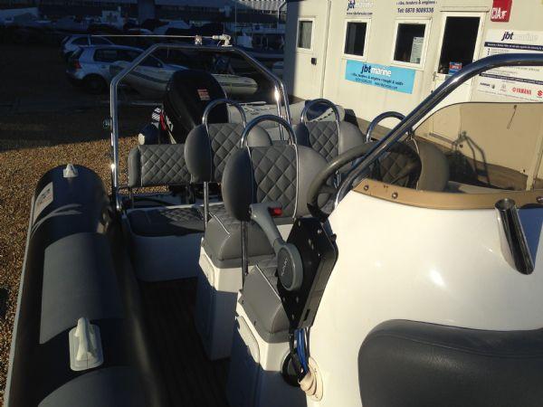rib x 760 rib with suzuki df 200 - seating_l