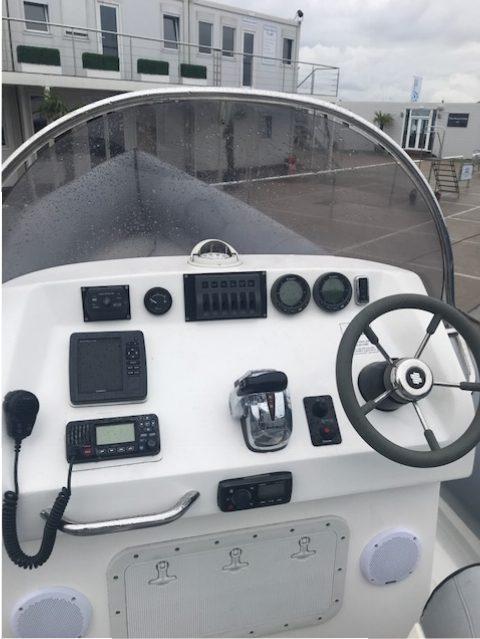 Brokerage -1610 Coastline 8.6m Rib with suzuki 300hp engine - Helm