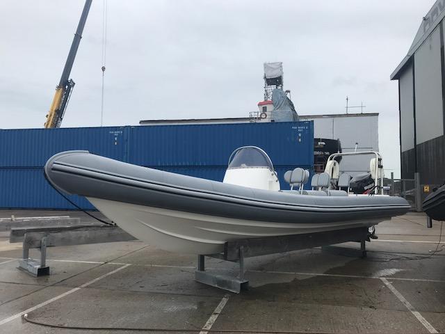 Brokerage -1610 Coastline 8.6m Rib with suzuki 300hp engine - Port 2