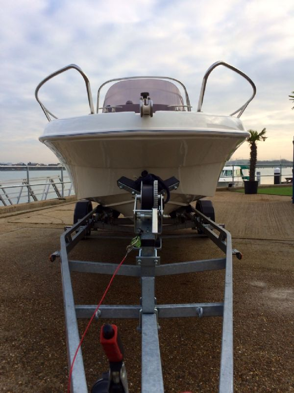 selva 5.8 open classic line with selva 100hp bow_l