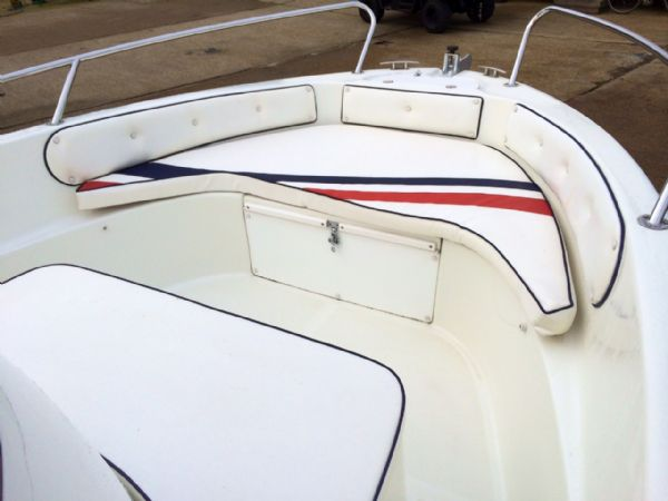 selva 5.8 open classic line with selva 100hp deck bow_l
