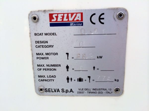 selva 5.8 open classic line with selva 100hp plate_l