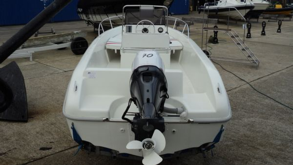 selva 530 hard with selva 70 engine - from rear_l
