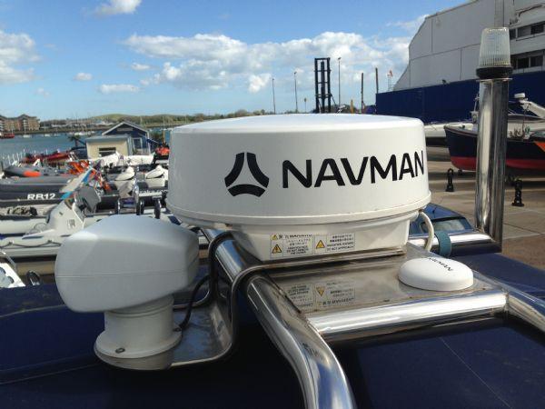 cougar r11 rib with twin yanmar 260hp - radar_l