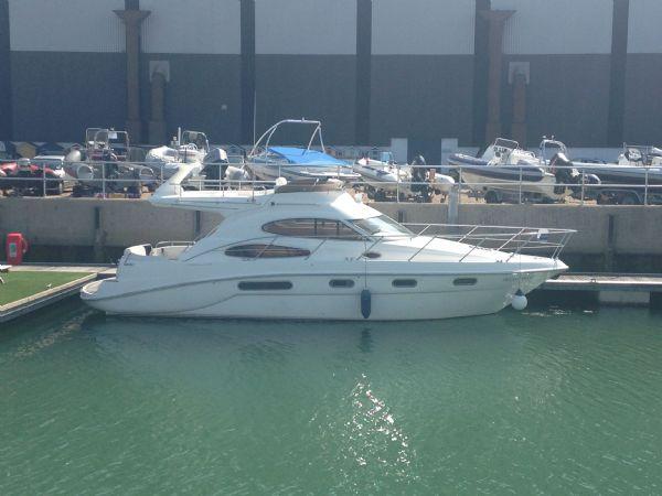 sealine f37 motor yacht with twin volvo kamd 44p-b diesel engine - side_l