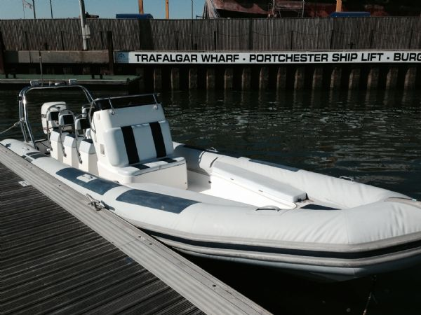 Ballistic 7 8m RIB with Evinrude 250HP ETEC Engine and
