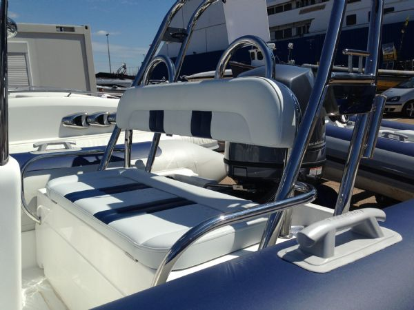 ballistic 6 rib with yamaha f100 - rear bench seat_l