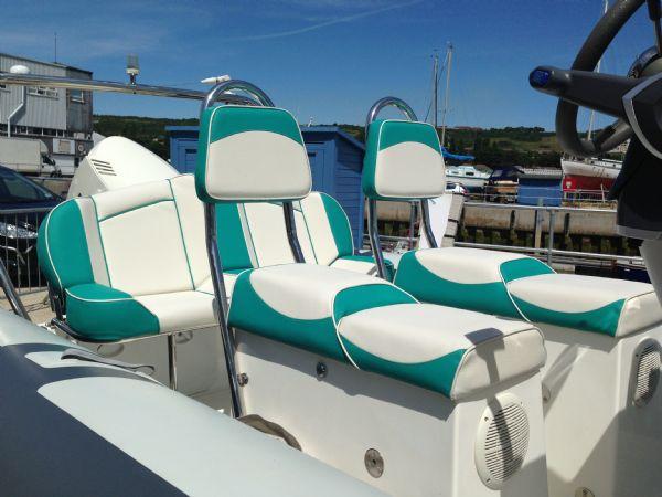 rib x 650 rib with evinrude 150 - seating_l