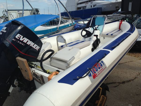 walker bay wildcat rib with evinrude 75 - rear 2_l