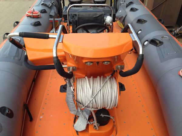atlantic 75 commercial spec rib - front of console_l