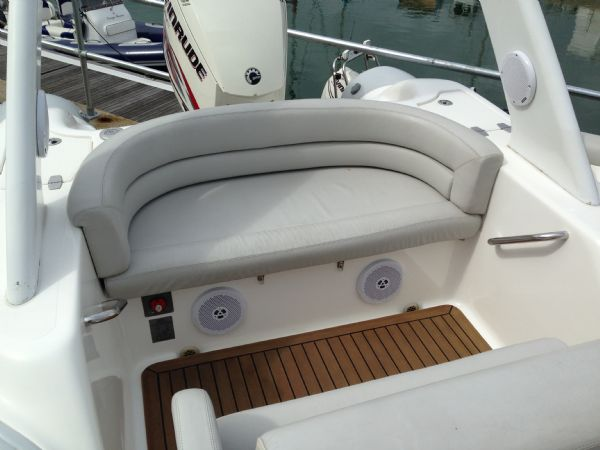 pascoe sr7 rib with 2013 evinrude 250 ho - rear seating_l
