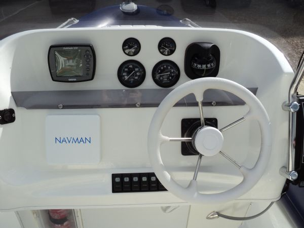 cobra 6m rib with mariner 135 outboard - console_l
