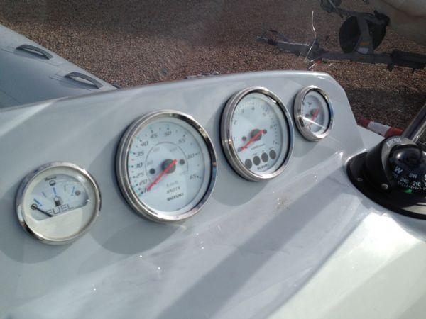 brig eagle 650 rib with suzuki df 150 - suzuki gauges_l