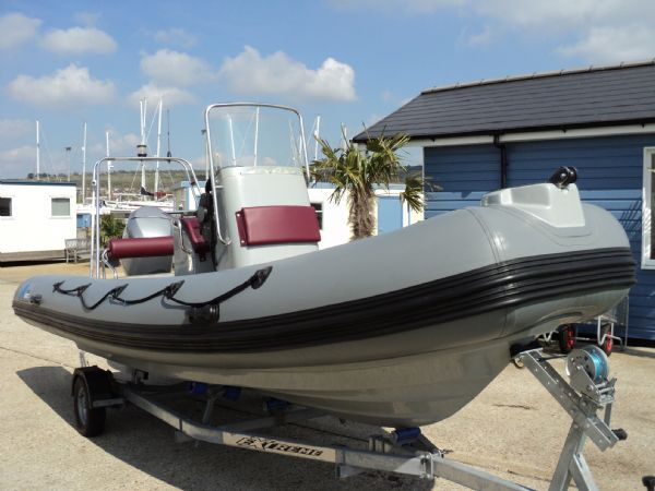 azure 520 rib with honda 75hp outboard engine - bow starboard profile 2_l