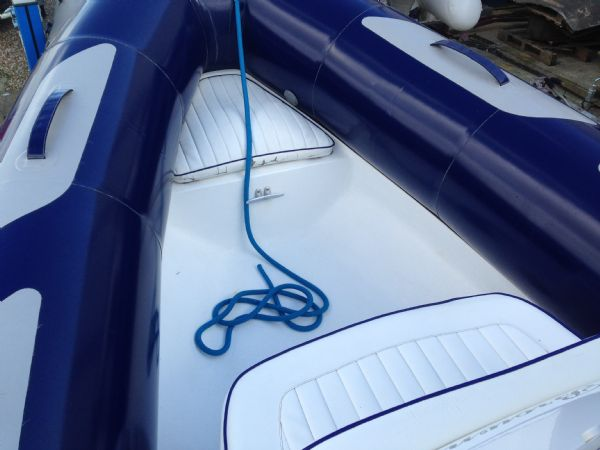 avon 620 rib with yamaha f150 four stroke - bow seating_l