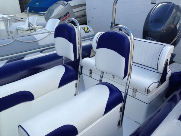 avon 620 rib with yamaha f150 four stroke - seating_l