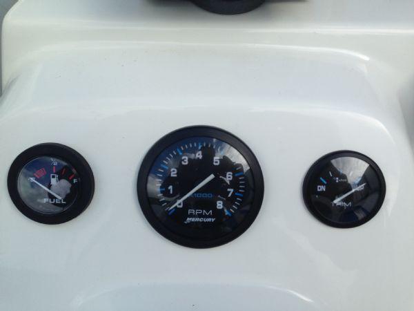 zodiac pro open 550 rib with mariner 90 four stroke - engine gauges_l