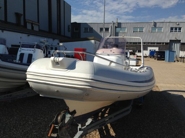 used brig 600 rib with yamaha 4stroke bow_l