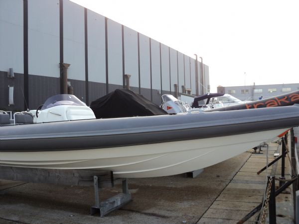 revenger 29 rib with yanmar diesel inboard - bow_l