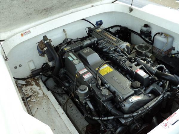 revenger 29 rib with yanmar diesel inboard - engine_l