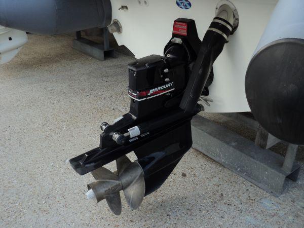 revenger 29 rib with yanmar diesel inboard - leg side_l