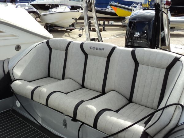 cobra nautique 7.6 rib with mercury verado 250 - rear bench_l
