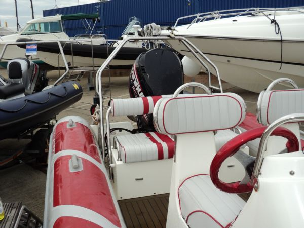 stock - solent rib 6.5 with evin 200 tag 1173 starbrd_l