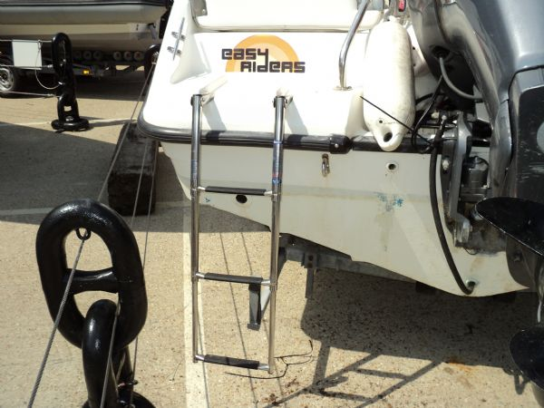 ex - easy rider - boston whaler 18 with yam 200 boarding ladder_l