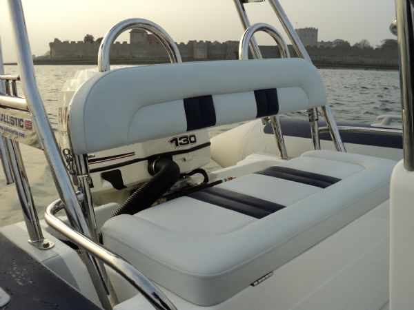 10 ballistic rib 6m rear bench seat_l