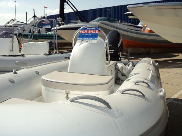 stock - excel 470 evinrude 60hp - tag 1135 port bow_l