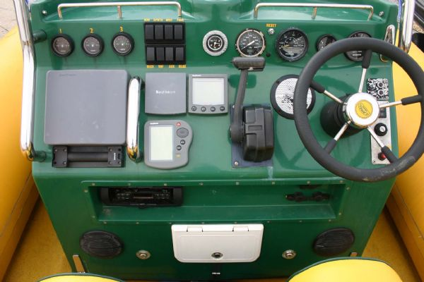 console on camel trophy rib with honda 130hp outboard_l