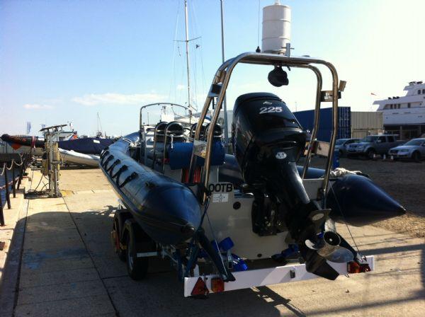 xs-rib 700 with merc 225 - engine_l