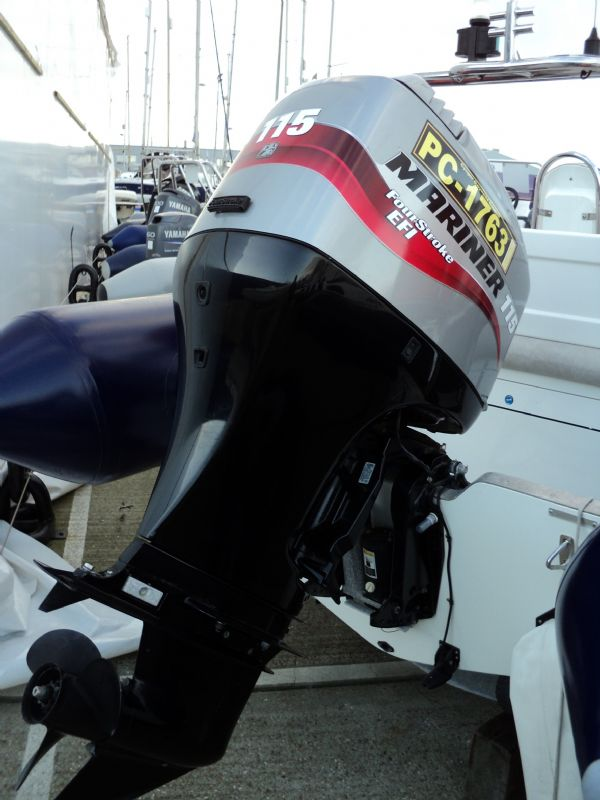 avon 560 with mariner 115 - outboard engine_l